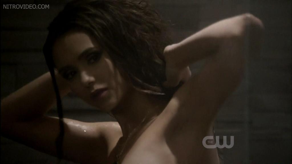 Spyinfseductive naked hot babes