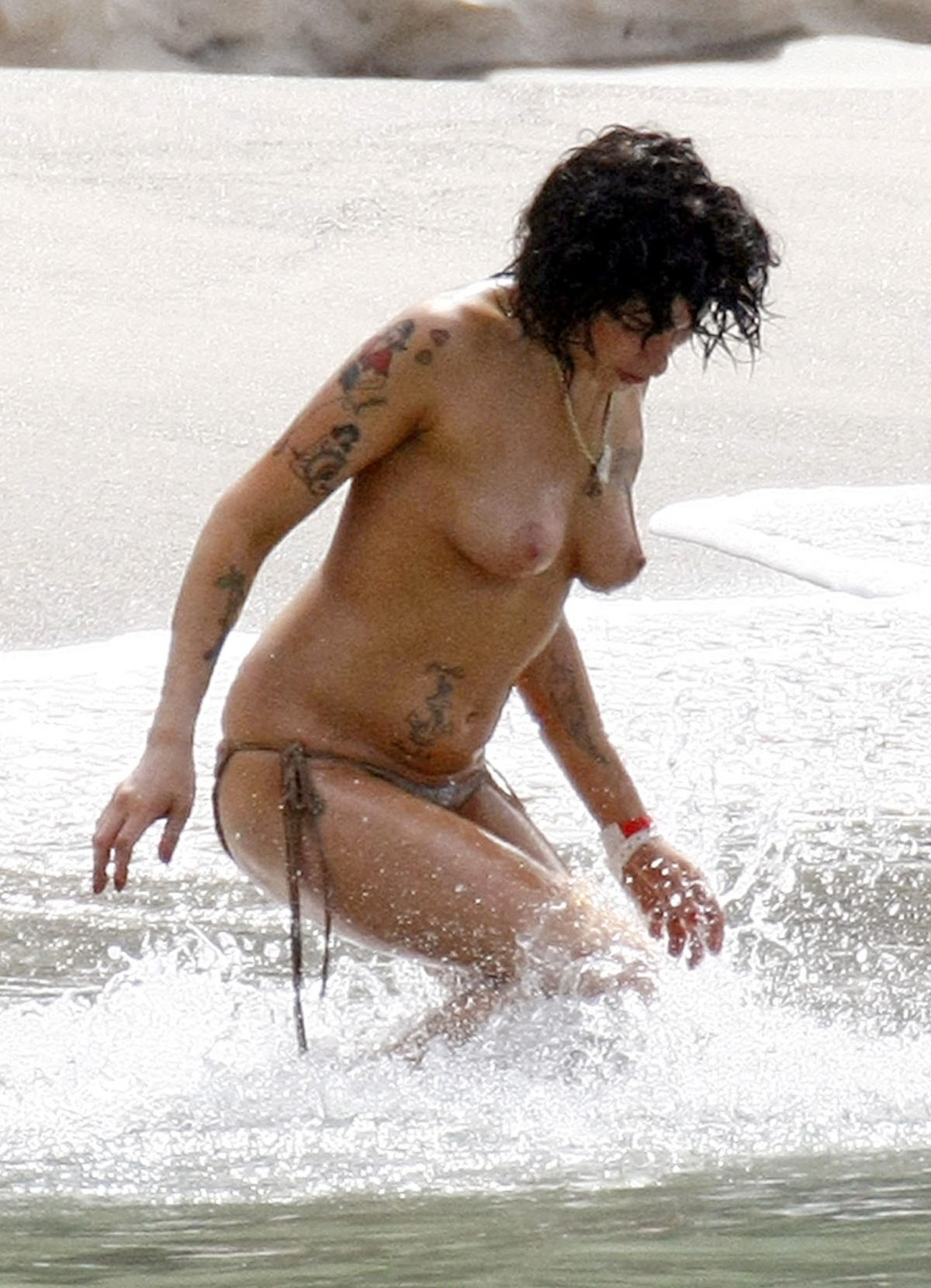 Amy winehouse nude
