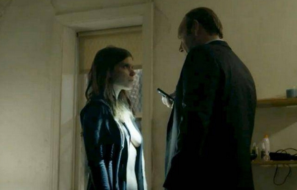 house of cards zoe barnes naked