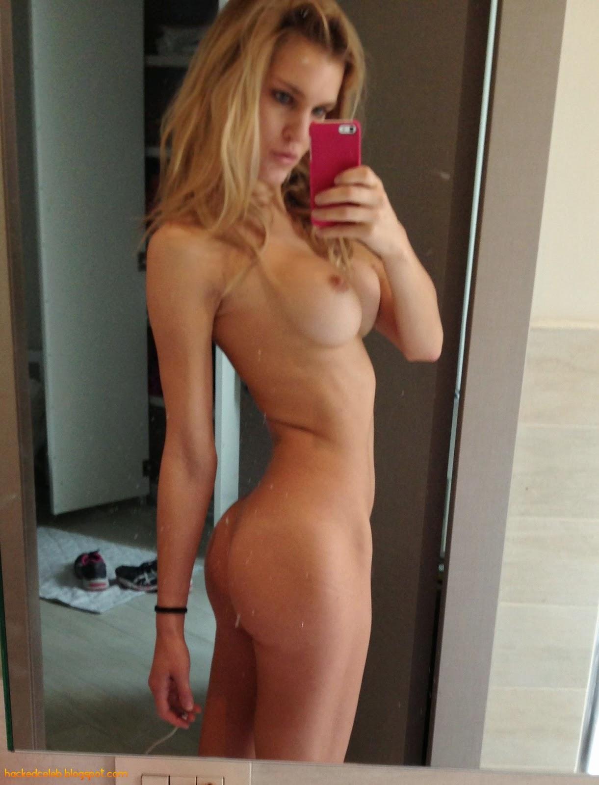 nude selfies male celebrities Famous