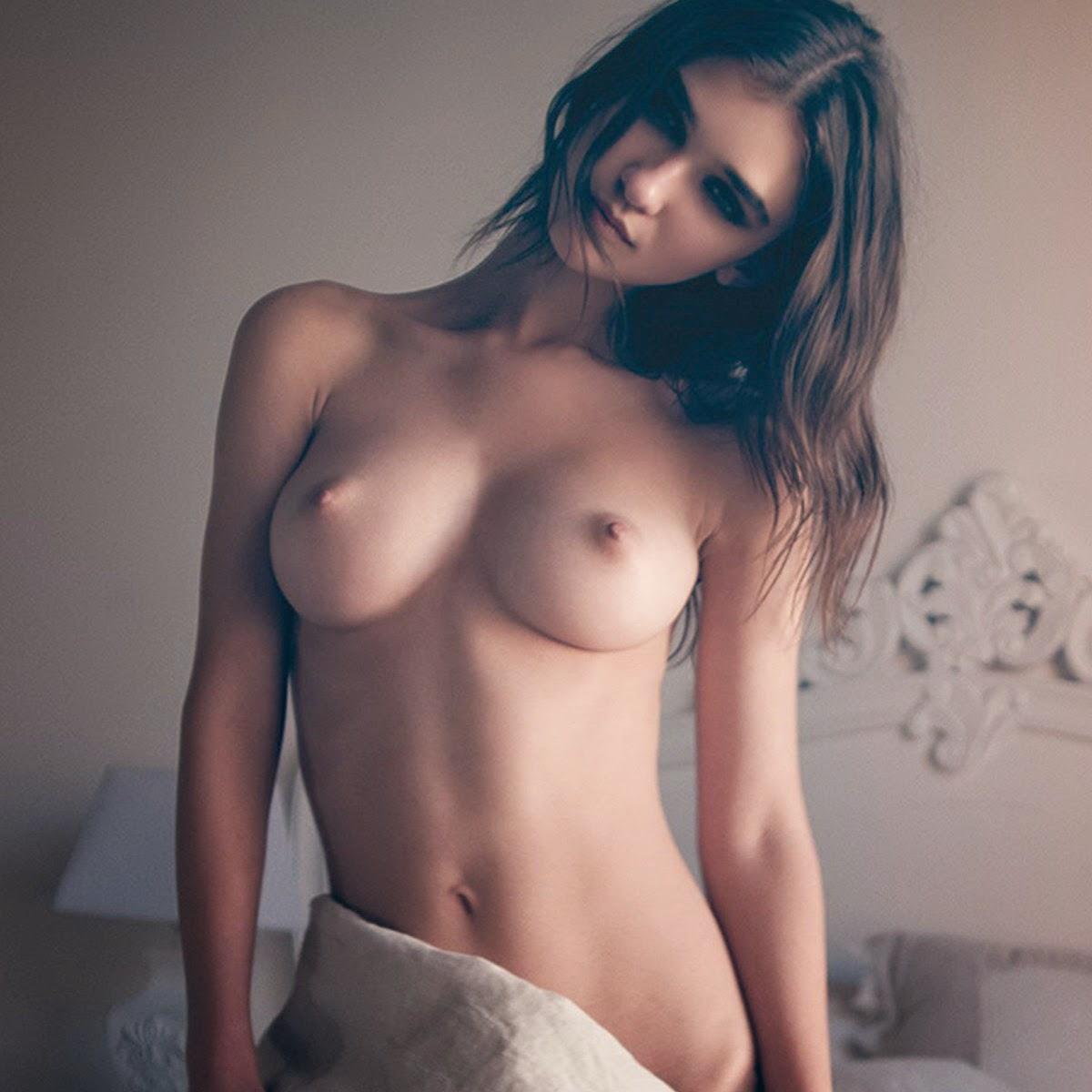 Bulczynska nude paula Nude Photos
