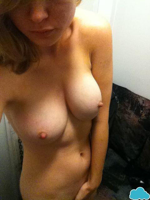 Nude fapping Melissa Benoist
