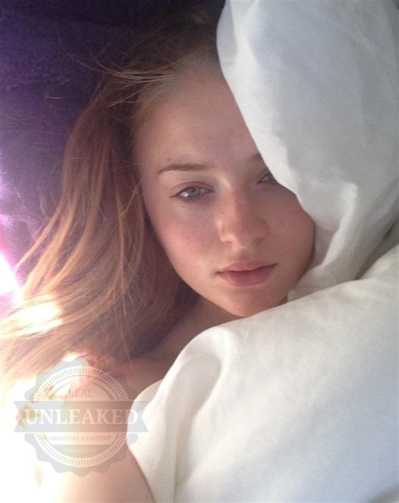 Turner nude sophie leaked Sophie Turner